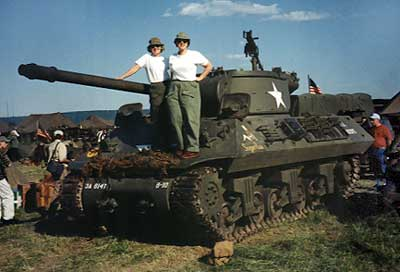 Robin and Steph on a tank